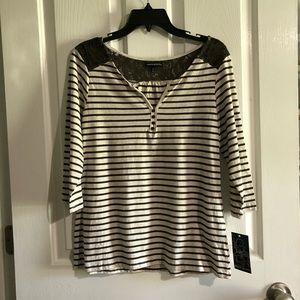 NWT women's blouse top Ava & Grace large lace